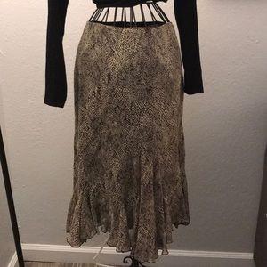 Midi skirt with ruffle detail